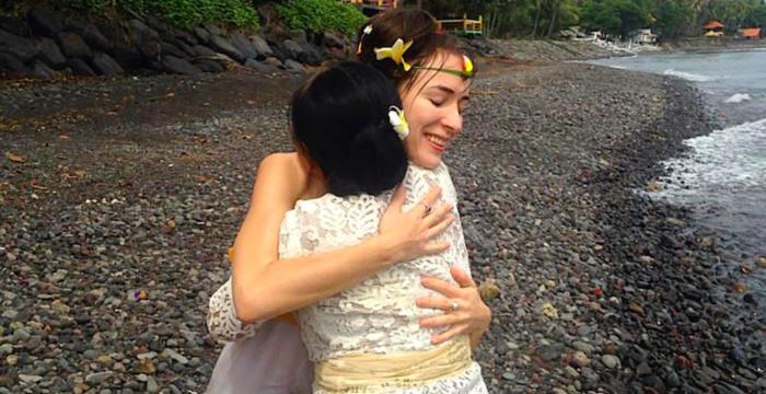 Erfahrungen mit balinesischer Schamanin